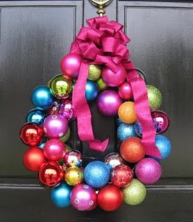 OrnamentsWreathColorful